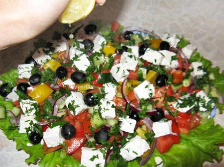 279Как украсить салат греческий