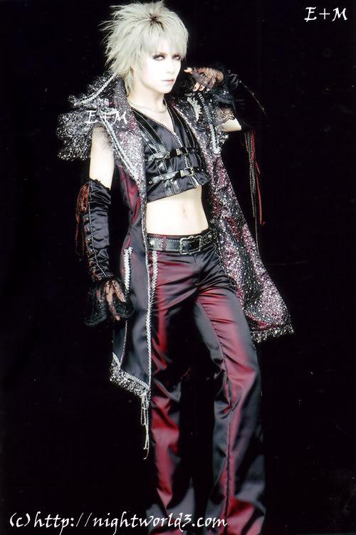 Juka [Bow Before The King of Ice] MTS2_pinkykitty_1101296_Juka13