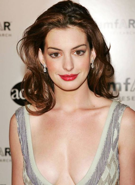 anne hathaway pics. Mod The Sims - Anne Hathaway