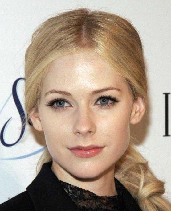 Avril Lavigne Eyebrows. Mod The Sims - Avril Lavigne